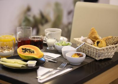 Suites-Cascais-Guest-House-Hotel-Breakfast-05