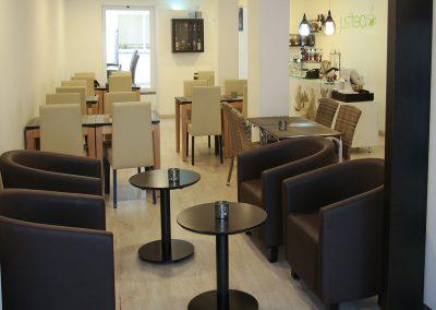 Suites-Cascais-Guest-House-Hotel-Breakfast-06
